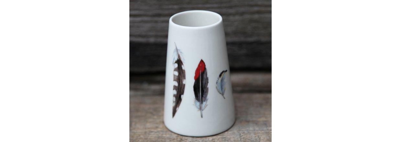 Flora Feather vaser af Jeanette Hiiri