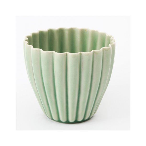 Hanne Bertelsen - Keramik urtepotteskjuler Rille, lille, grøn