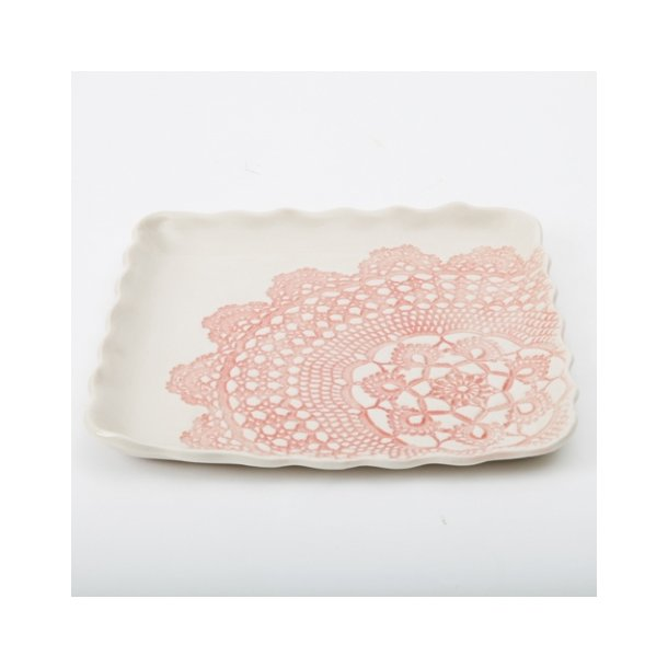 Kim Wallace - Keramik fad / tallerken Elodie Vintage Lace, rosa