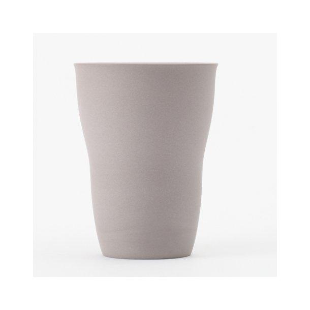 Ditte Fischer - Keramik håndlavet kop, latte grå