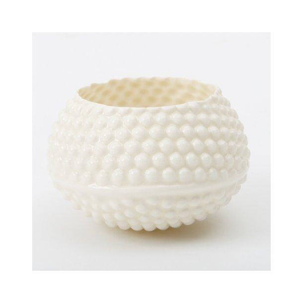 Hanne Bertelsen - Keramik håndlavet fyrfadstage lyspindsvin, hvid