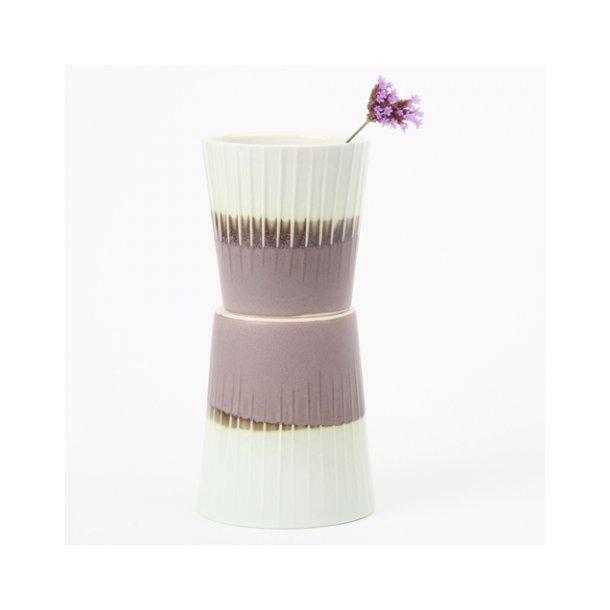 Clib Klap - Keramik håndlavet kop, lodrette riller, mørkebrun og lyseblå, mellem