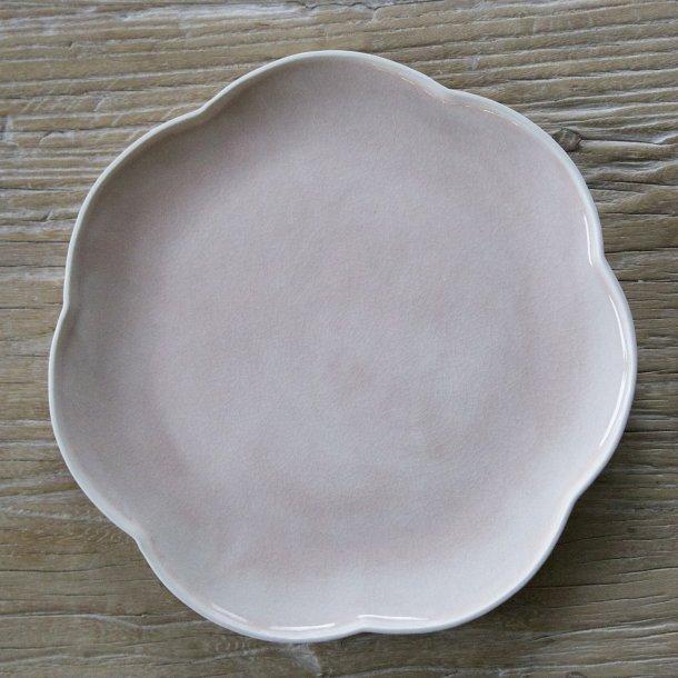 Hanne Bertelsen - Keramik håndlavet middagstallerken, blomst, svag lyserød