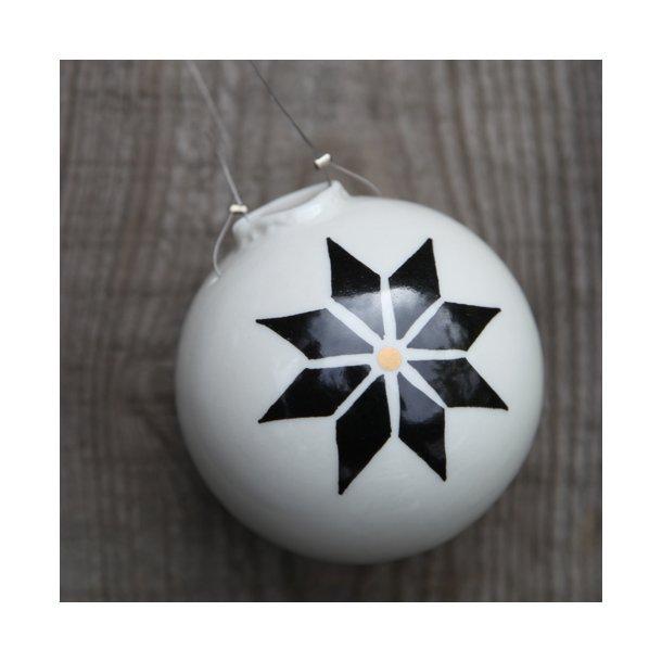 Helle Gram - 1 håndlavet julekugle, stjernedesign (stor)
