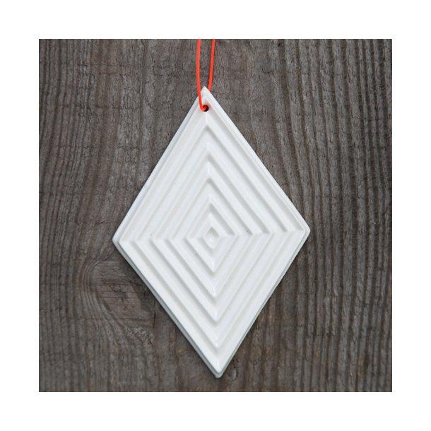 Finnsdottir - Keramik julepynt fairy tale juleophæng, hvide med mønster