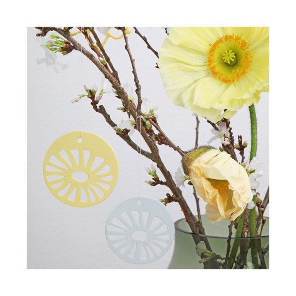 Helle Gram - Keramik ophæng 'daisy' i gul