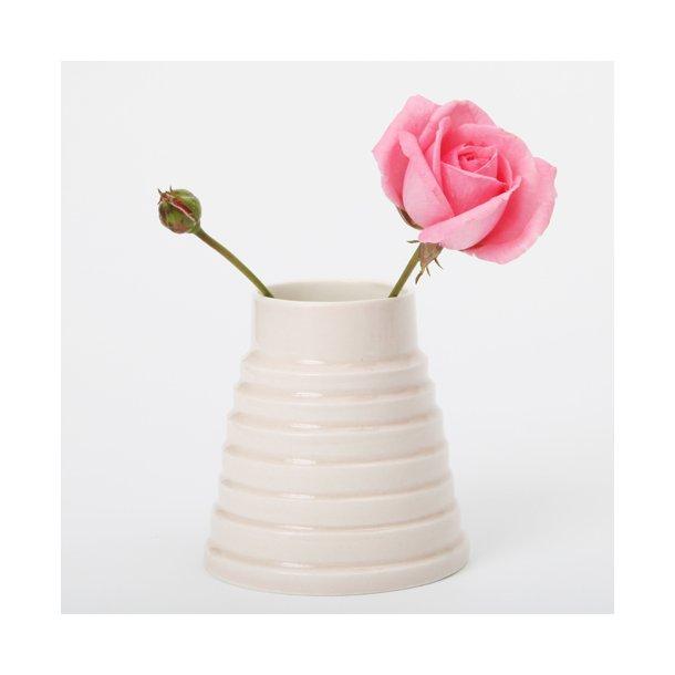 Esther Elisabeth Pedersen - Håndlavet keramik vase rille, lyserød