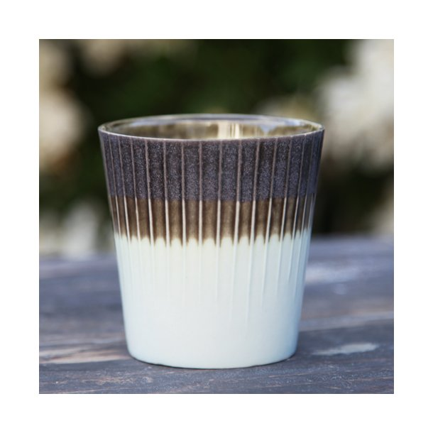 Clib Klap - Keramik håndlavet kop, lodrette riller, mørkebrun og lyseblå kop, medium