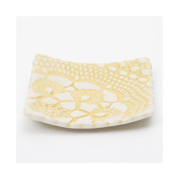 Kim Wallace - Keramik skål (lille) Elodie vintage lace, butter yellow