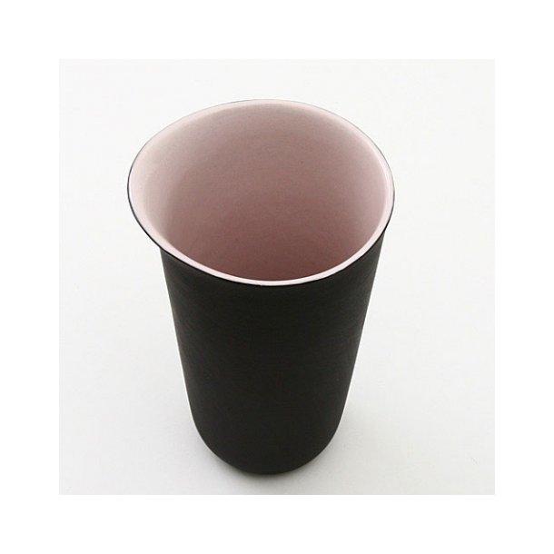 Line Rønnest - Sort og lys lavendel mælkekande