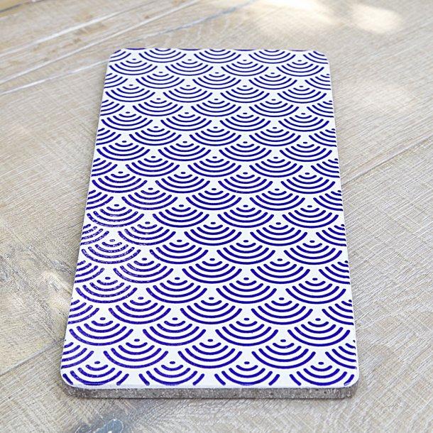 Made a Mano - Håndlavet Lavastone board, blå