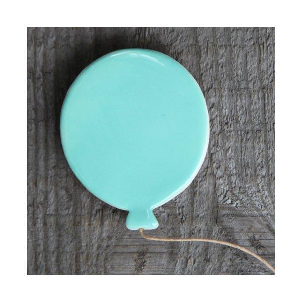 Paper boat press - Keramik håndlavet magnet ballon, mint/turkis