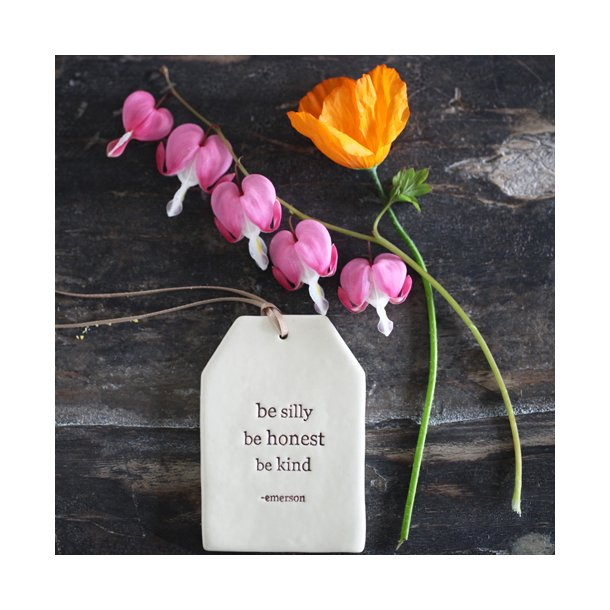 Paper boat press - Quote tag, be silly be honest be kind
