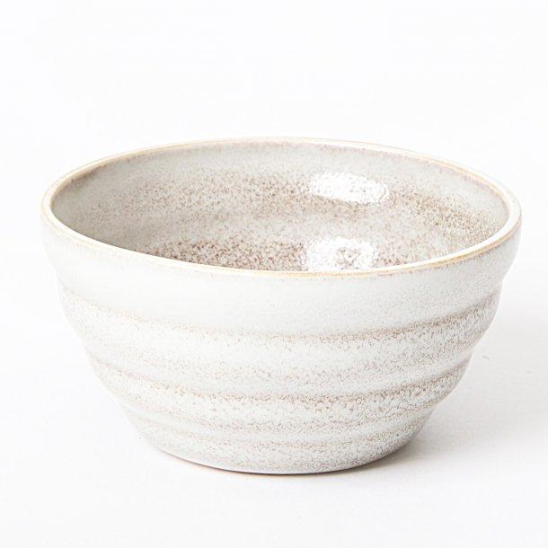Hanne Bertelsen - Keramik håndlavet skål Rille lille, unika glasur, lys med rød