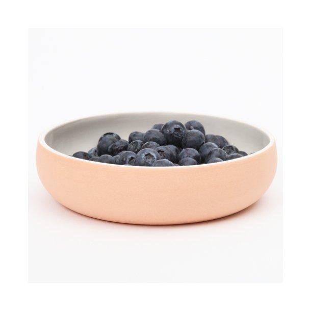 Helle Gram - Keramik håndlavet tallerken/skål chubby, abrikos