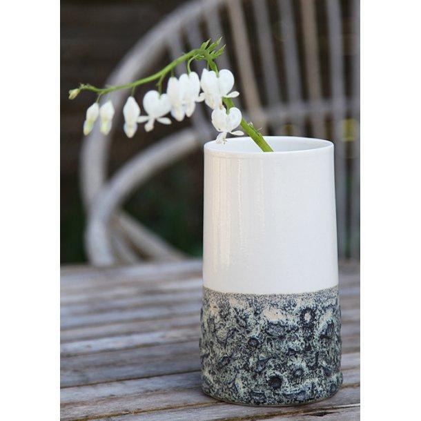Wauw Design - Keramik håndlavet vase Sika mellem, hvid/støvet grøn