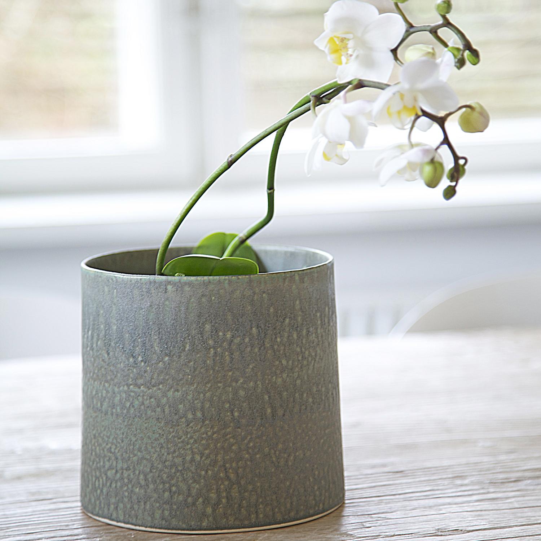 keramik urtepotteskjuler Wauw Design   Keramik hånddrejet rund urtepotteskjuler, grøn toner  keramik urtepotteskjuler